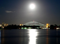 Sydney Harbour Bridge, full moon